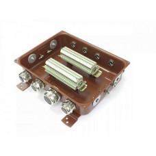 Клеммная Коробка с зажимами наборными КЗНС-32 УХЛ1,5 IP65 латунный ввод ЗЭТА