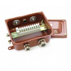 Клеммная Коробка с зажимами наборными КЗНС-08 УХЛ1,5 IP65 латунный ввод ЗЭТА